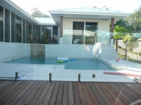 framelss pool fencing